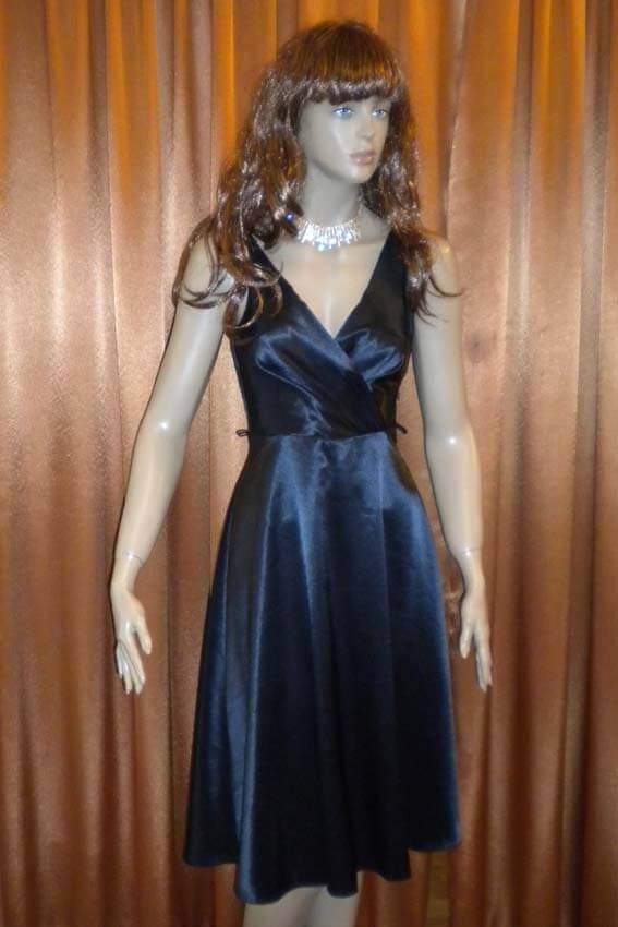 3556 Платье вечернее средней длины 32
