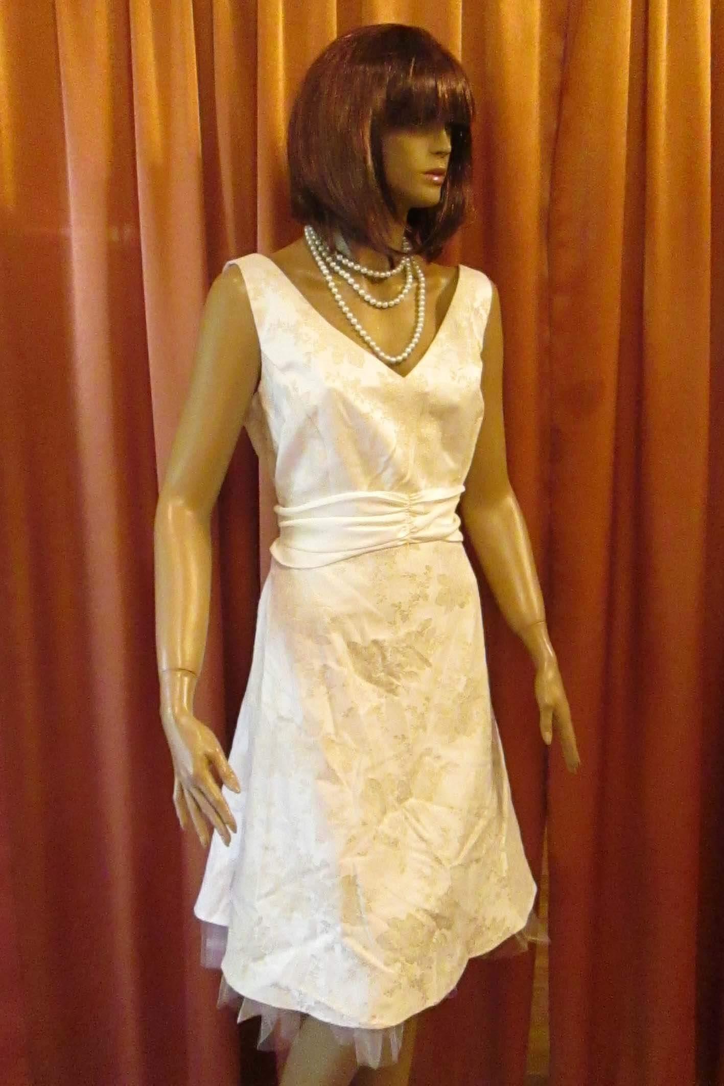 3556 Платье вечернее средней длины 36
