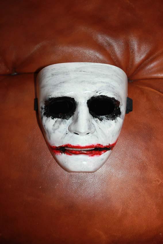 9563 Джокер маска
